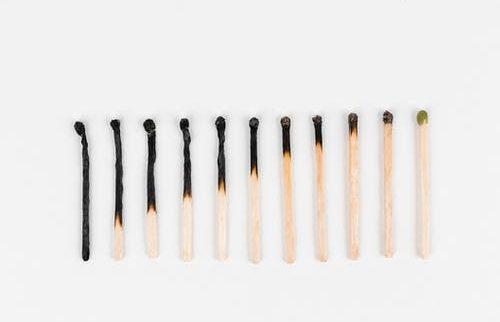Burn-out: hoe herken je het en wat doe je er aan?